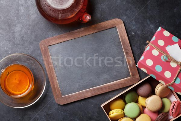 Théière tableau coffret cadeau pierre table Photo stock © karandaev