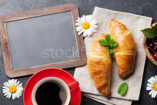 Stockfoto: Blackboard · tekst · croissants · koffie · bessen · bloemen