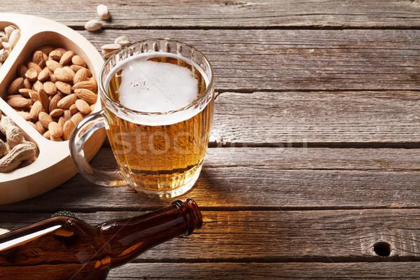 Alman birası bira kupa ahşap masa bo Stok fotoğraf © karandaev