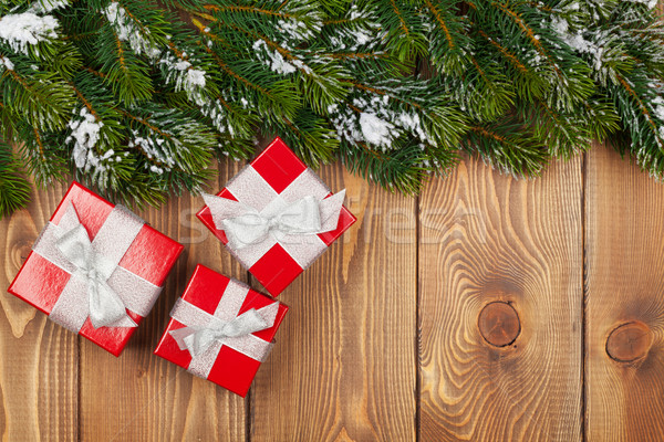 Noël neige rouge coffrets cadeaux rustique Photo stock © karandaev