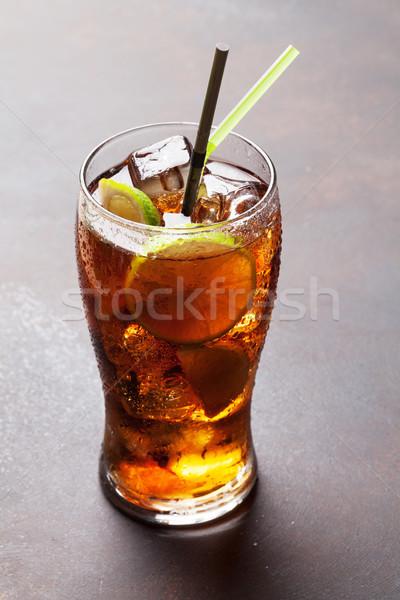 Cocktail verre pierre table fête bar Photo stock © karandaev