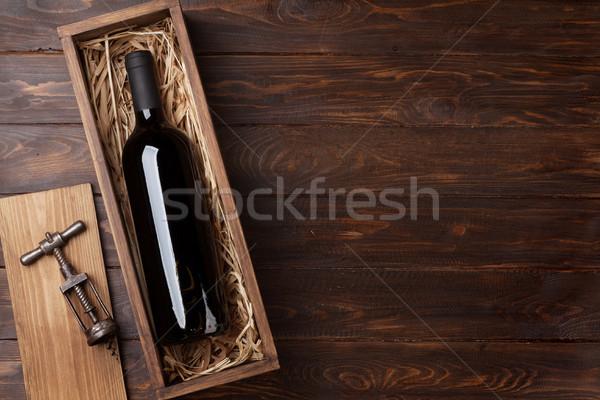 бутылку окна деревянный стол Top мнение Сток-фото © karandaev