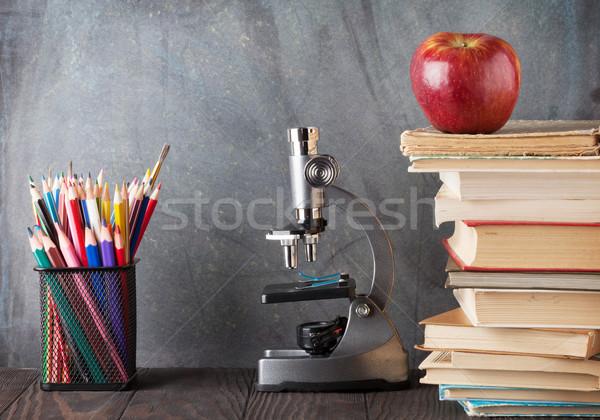 Mikroszkóp ceruzák könyvek alma osztályterem kréta Stock fotó © karandaev