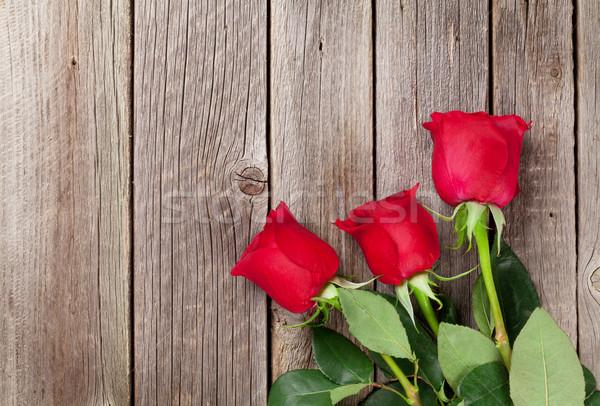 Red roses drewna górę widoku kopia przestrzeń Zdjęcia stock © karandaev