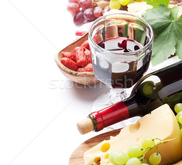 Foto stock: Vino · tinto · de · uva · queso · pan · salchichas · aislado