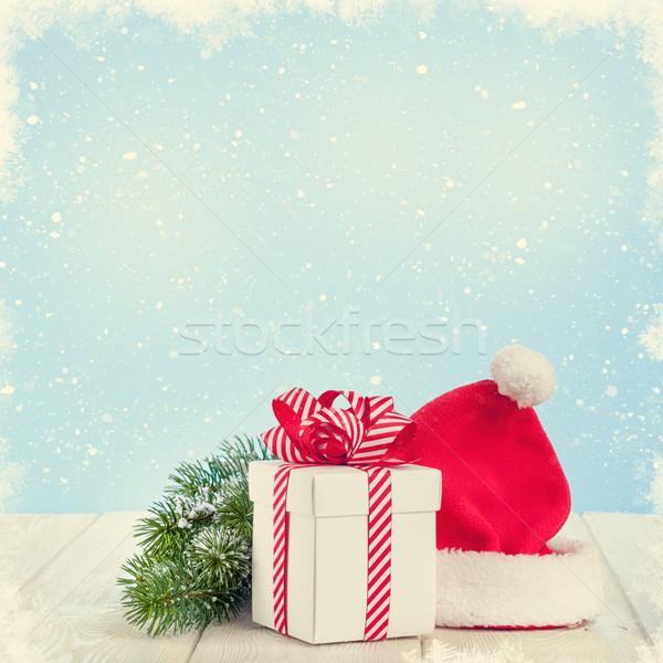 Noel hediye kutusu şapka Stok fotoğraf © karandaev