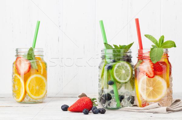 Stock fotó: Friss · limonádé · bögre · nyár · gyümölcsök · bogyók