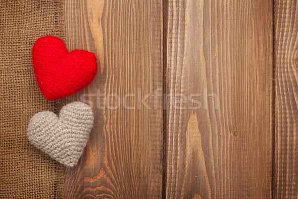 Día de san valentín hecho a mano juguete corazones mesa de madera textura Foto stock © karandaev