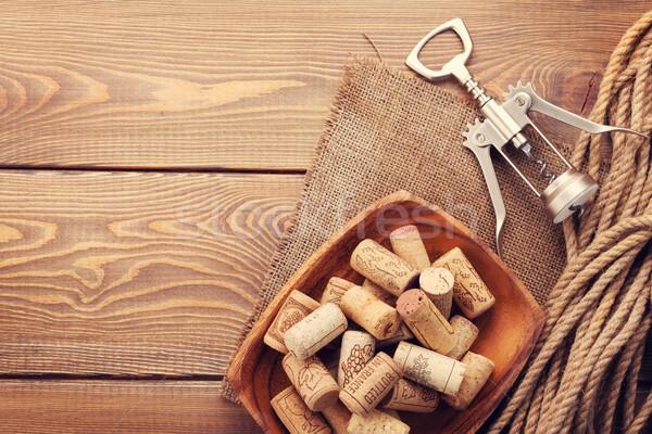 Vin tire-bouchon rustique table en bois haut vue Photo stock © karandaev