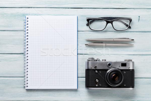 Kamery notatnika okulary pióro Fotografia Zdjęcia stock © karandaev