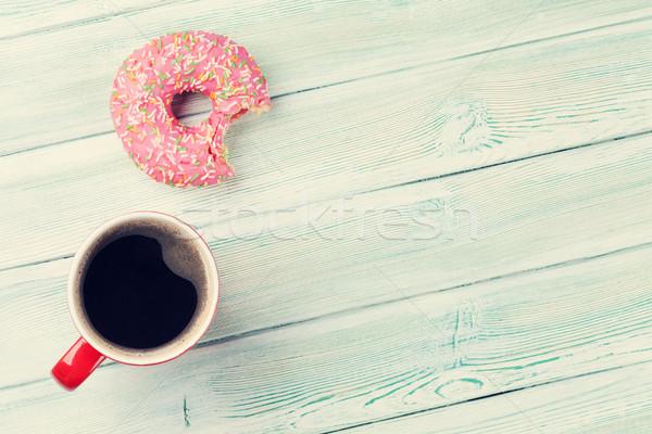 コーヒーカップ ドーナツ 木製のテーブル 先頭 表示 コピースペース ストックフォト © karandaev