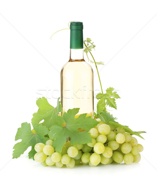 Witte wijn fles druiven geïsoleerd witte voedsel vruchten Stockfoto © karandaev