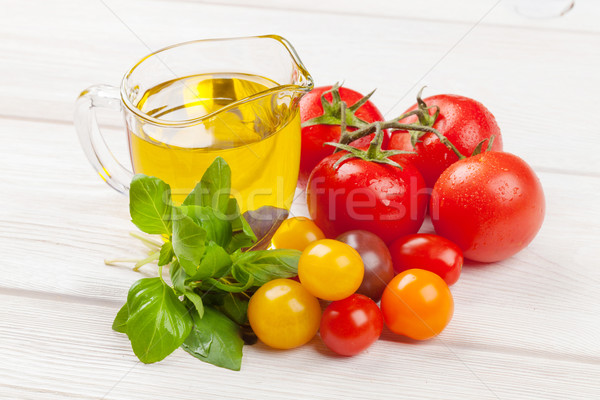 Taze renkli domates fesleğen zeytinyağı beyaz Stok fotoğraf © karandaev