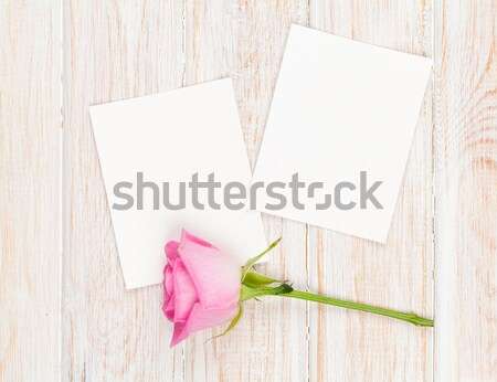 Zdjęcia stock: Dwa · Fotografia · ramki · drewniany · stół · kwiaty