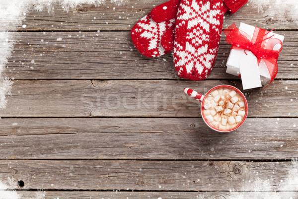 Noel eldiveni hediye sıcak çikolata hediye kutusu hatmi Stok fotoğraf © karandaev
