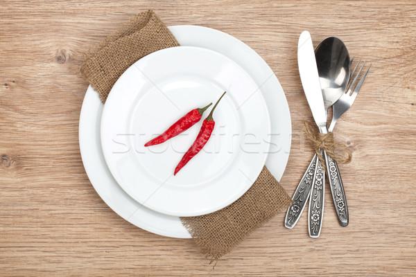 Rouge plaque argenterie table en bois Photo stock © karandaev