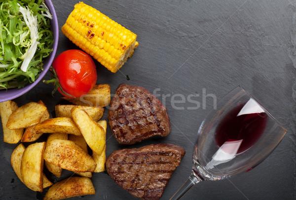 焼き ジャガイモ トウモロコシ サラダ 赤ワイン ストックフォト © karandaev