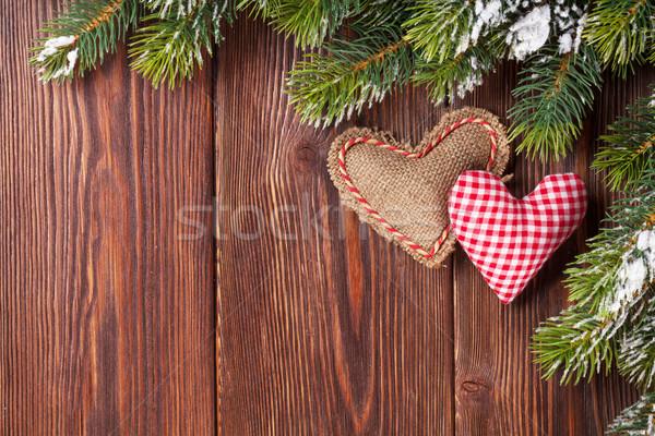 Weihnachtsbaum Zweig Herz Spielzeug Schnee Holztisch Stock foto © karandaev