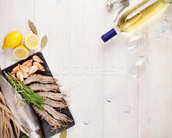 Fresco mar comida temperos garrafa de vinho branco Foto stock © karandaev