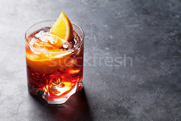 Stockfoto: Cocktail · donkere · steen · tabel · ruimte · voedsel