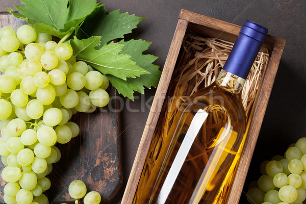 Wine and grapes Stock photo © karandaev