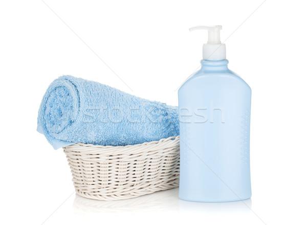 Shampoo bottiglia blu asciugamano isolato bianco Foto d'archivio © karandaev