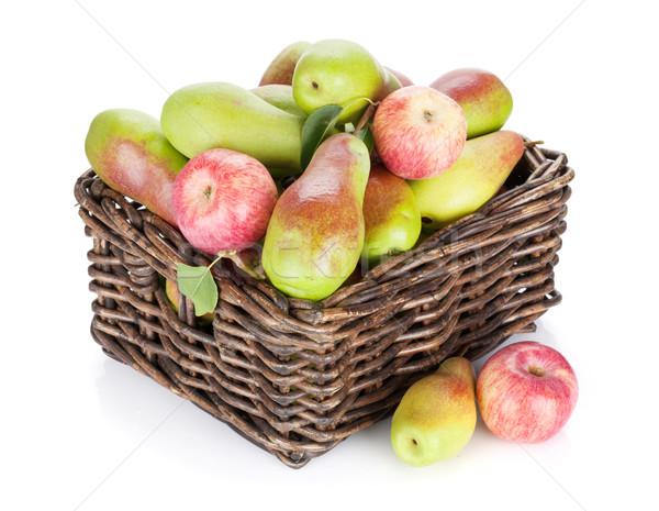 Armut elma sepet yalıtılmış beyaz elma Stok fotoğraf © karandaev