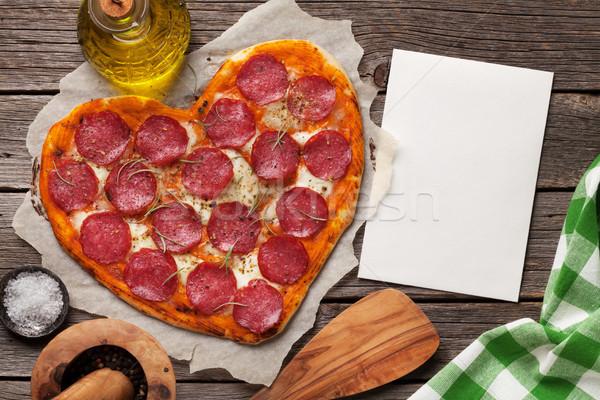 Hart pizza peperoni mozzarella valentijnsdag Stockfoto © karandaev