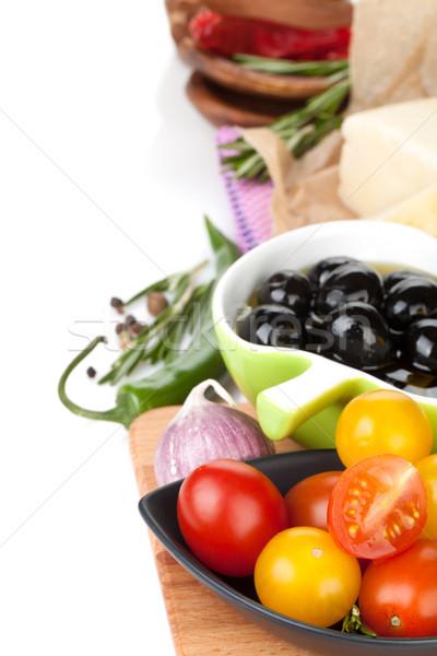 Tomates olives parmesan herbes épices isolé Photo stock © karandaev