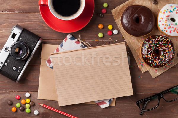 Bloc de notas café mesa de madera superior vista Foto stock © karandaev