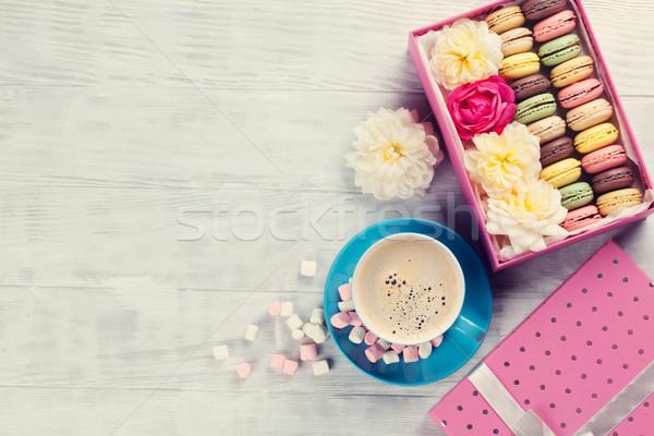 Café sweet macarons coffret cadeau coloré guimauve Photo stock © karandaev