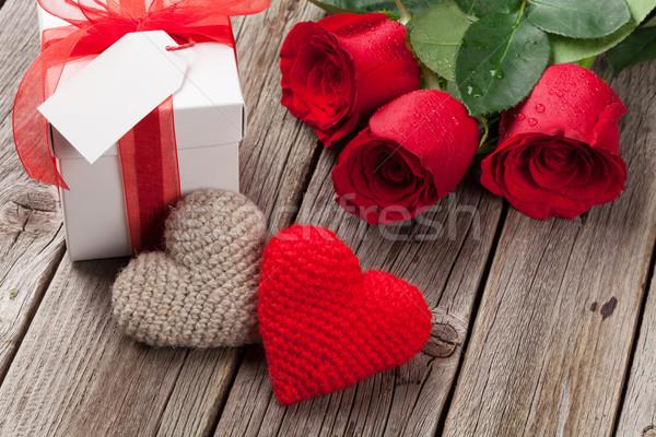 Ziua indragostitilor cutie cadou trandafiri for Table 52 valentine s day