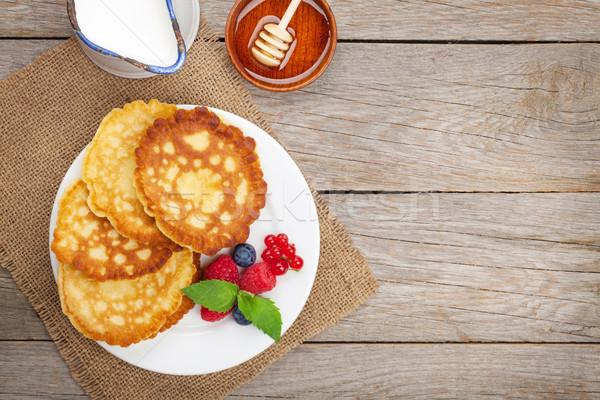 Framboise myrtille lait miel sirop Photo stock © karandaev