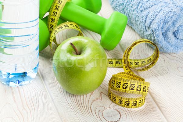 Zdrowa żywność fitness jabłko manierka centymetrem żywności Zdjęcia stock © karandaev