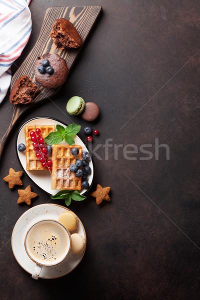 Kávé édesség bogyók felső kilátás copy space Stock fotó © karandaev