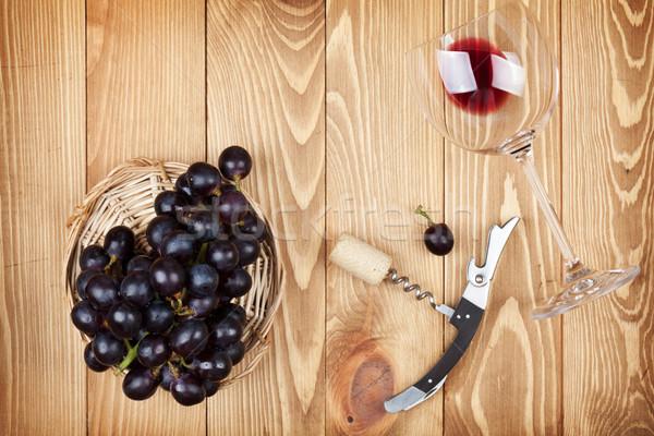 赤ワイン ガラス コークスクリュー ブドウ 木製のテーブル 食品 ストックフォト © karandaev