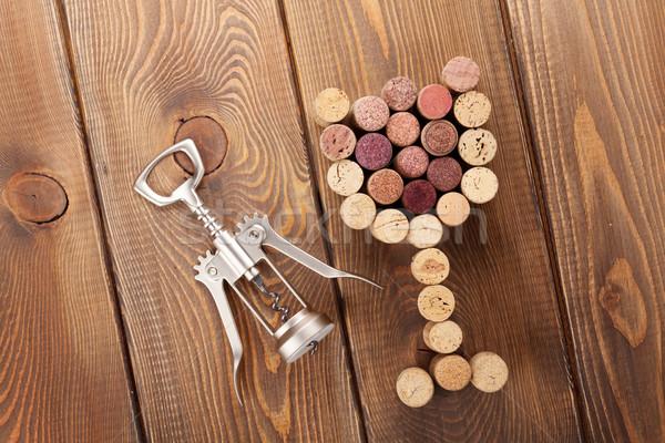 Verre tire-bouchon rustique table en bois Photo stock © karandaev