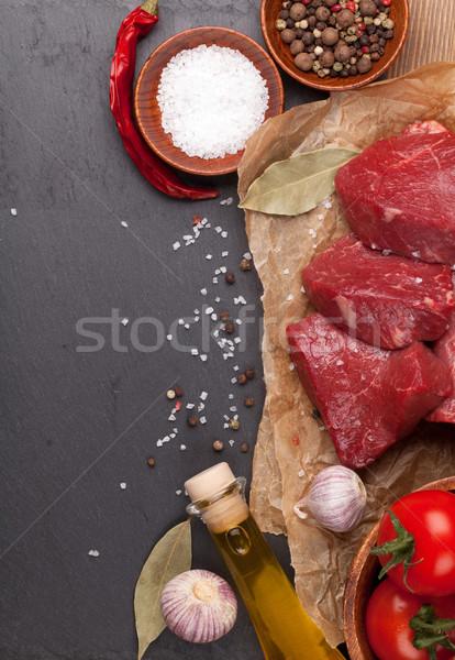 Ruw filet biefstuk specerijen steen boord Stockfoto © karandaev