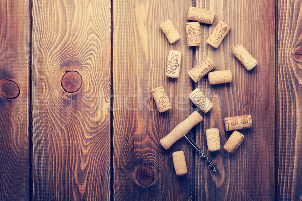 Vino sacacorchos rústico mesa de madera espacio de la copia Foto stock © karandaev