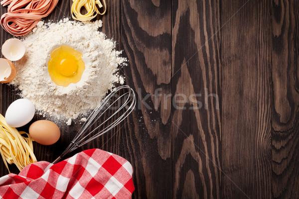 домашний пасты приготовления деревянный стол Top мнение Сток-фото © karandaev
