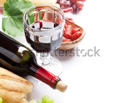 Photo stock: Vin · rouge · verres · bouteille · isolé · blanche