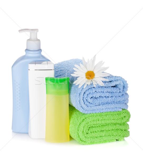 Shampoo gel flessen handdoeken bloem geïsoleerd Stockfoto © karandaev