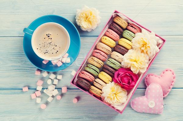 Café doce macarons caixa de presente colorido marshmallow Foto stock © karandaev