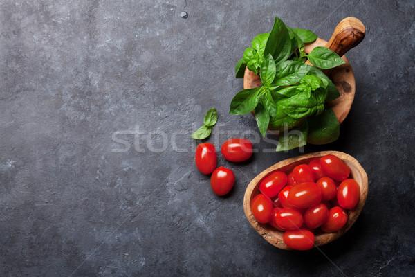 İtalyan mutfağı fesleğen domates pişirme üst görmek Stok fotoğraf © karandaev