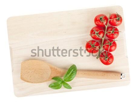 Cocina albahaca hojas tabla de cortar aislado Foto stock © karandaev