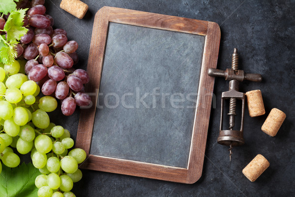Red and white grapes and chalkboard Stock photo © karandaev