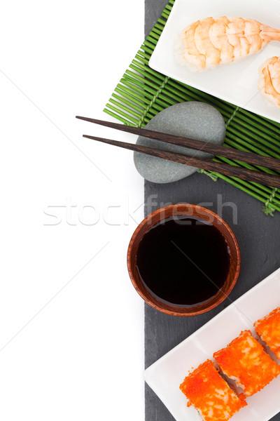 Sushi maki gamberetti nero pietra isolato Foto d'archivio © karandaev