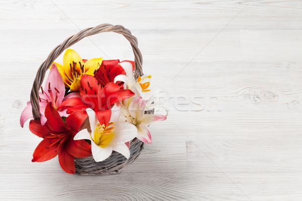 Photo stock: Coloré · Lily · fleurs · panier · bois · espace