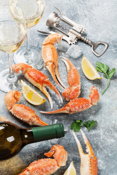 Fruits de mer vin blanc homard poissons verre Photo stock © karandaev