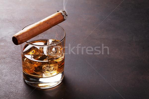 Whisky lodu cygara kopia przestrzeń tle pić Zdjęcia stock © karandaev
